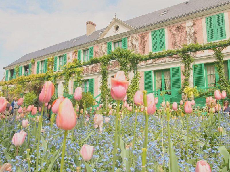 パリから1時間の美しい街 ジヴェルニーにあるモネの家と庭園