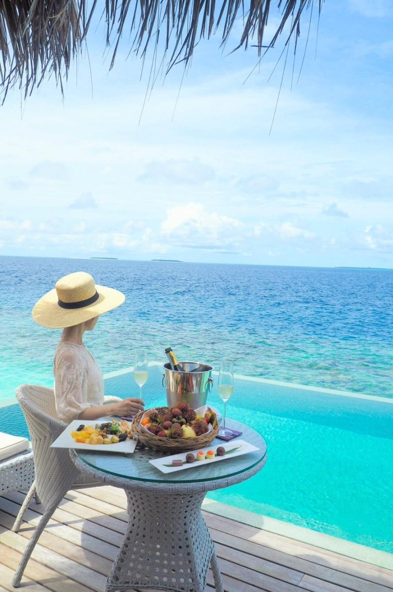Dusit Thani Maldives -Water Villa 憧れの水上ヴィラ