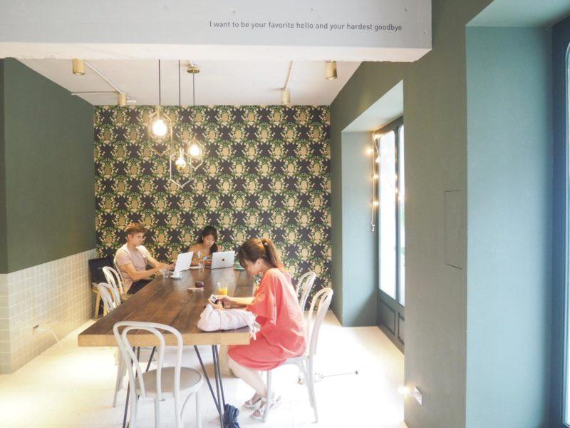 Untitled Workshop- 台北のパイナップル柄壁紙が可愛いカフェ