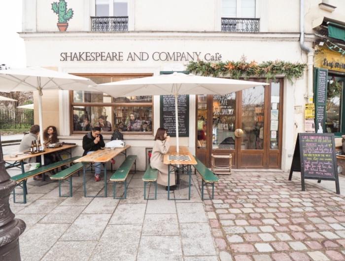 Shakespare and Company Café – 本屋さんの隣のカフェ –