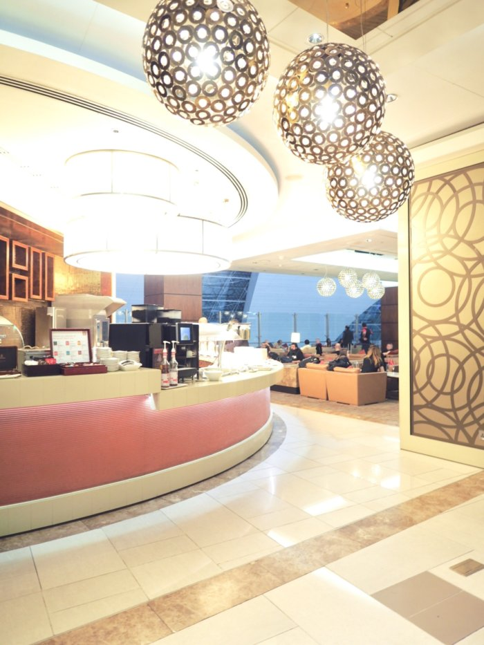 DubaiのEmirates Business Class Lounge