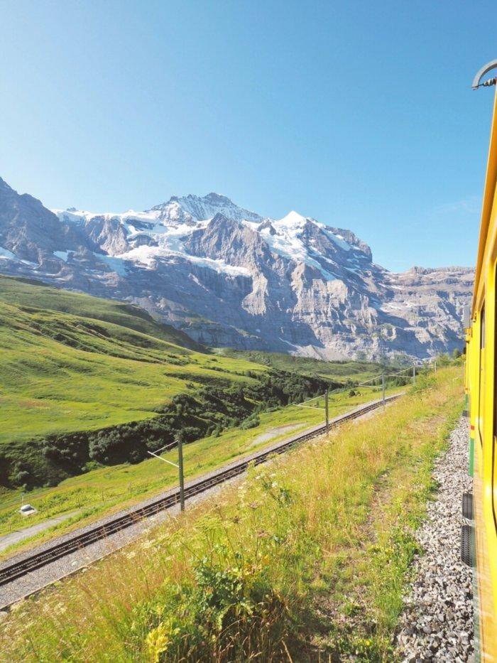 スイス インターラーケンをBASEに、大自然を感じる旅